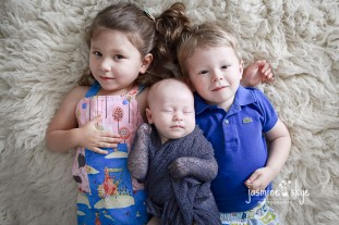 baby with sibling photos